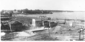 плотина на Белохолуницком пруду